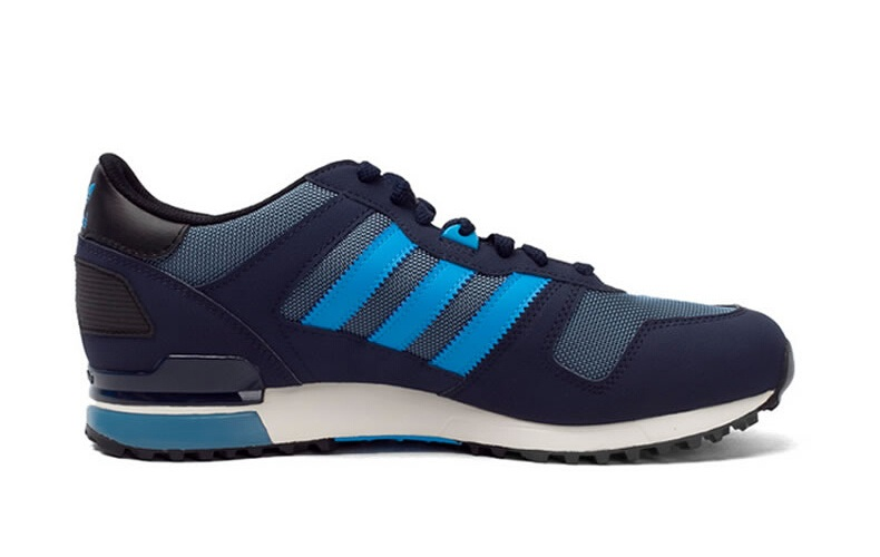 Men\'s Adidas Originals ZX 700 Shoes Stonewash Blue/Solar Blue/Collegiate Navy M18250