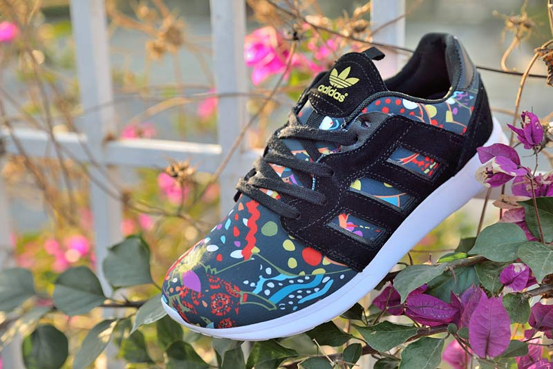 "Women\'s Adidas Originals ZX 500 II ""Floral Concept\"" Shoes Black/Black/Metallic Gold"