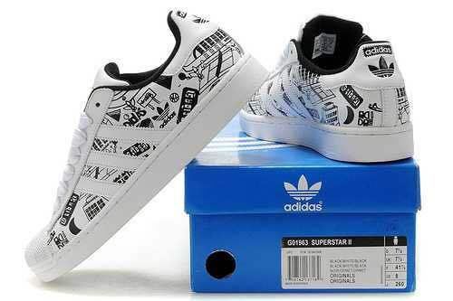 Men\'s/Women\'s Adidas Originals Superstar II Graffiti Shoes White/Black G01863