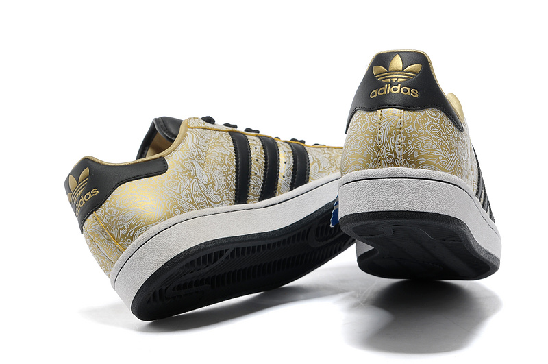 "Men\'s/Women\'s Adidas Originals Superstar 2 ""Phoenix Grain\"" Casual Shoes Metallic Gold/Black-White G63095"
