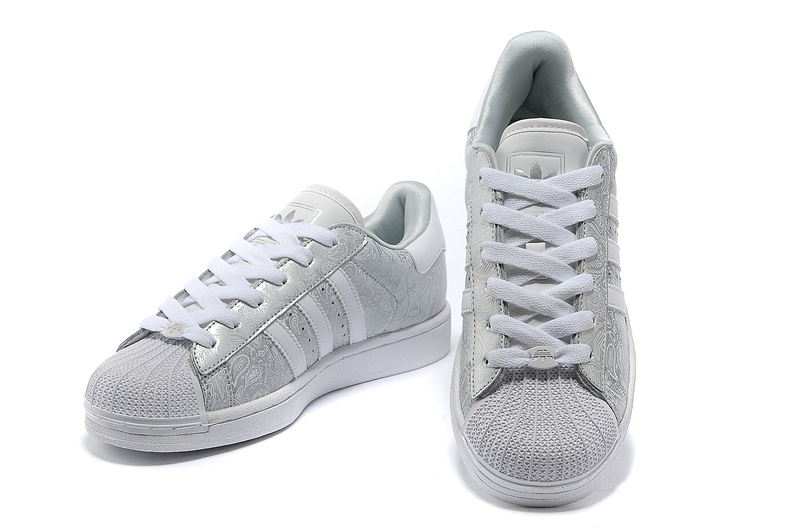 "Men\'s/Women\'s Adidas Originals Superstar 2 ""Phoenix Grain\"" Casual Shoes Metallic Silver/Grey-White G63094"