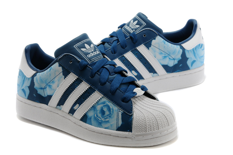 Women\'s Adidas Originals Superstar 2 Rose Floral Lifestyle Casual Shoes Blue/White D65475