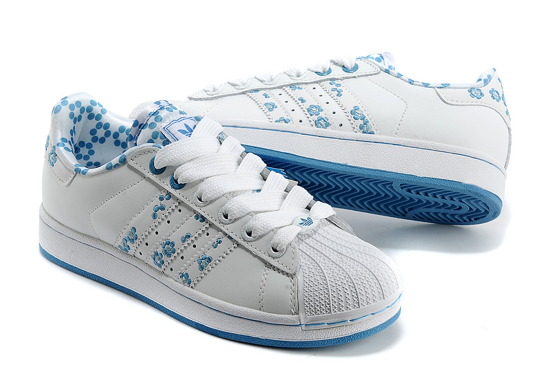 Women\'s Adidas Originals Superstar 2 Casual Shoes White/Blue
