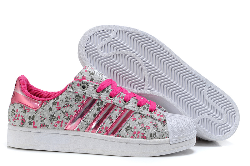 Women's Adidas Originals M Attitude 3D Flowers Monogram Print Casual Shoes Grey G44666