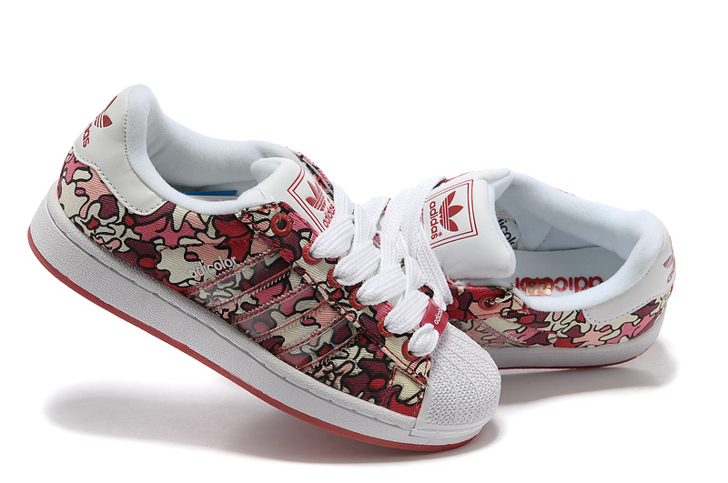 Women\'s Adidas Originals Adicolor Superstar 2K IS Print Shoes Red Camo/White 561973