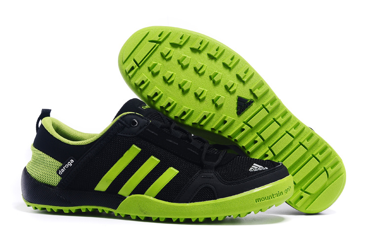 Men\'s Adidas Outdoor Daroga Two 11 CC Shoes Core Black/Grass Green D98801